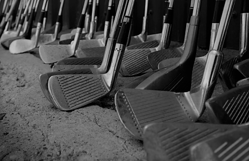 5 Taiwanese Stocks Into Golf Clubs